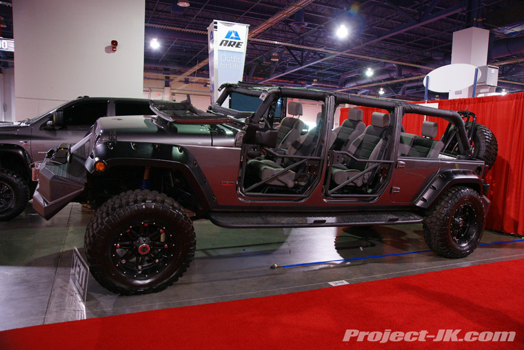 Here Are Some Shots Of A Custom 6 Door Limo Jk That Was On Display During The 2010 Sema Show Tell Us What You Think
