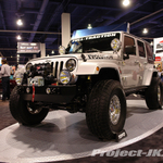 OFF ROAD EVOLUTION Bright Silver Jeep JK Wrangler Sahara Unlimited 4-Door